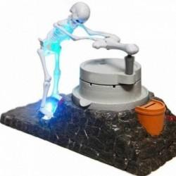 Tirelire automatique squelette broyeur de pièces