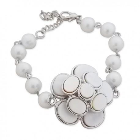 Bracelet perles blanches et fleur en pastilles nacrée