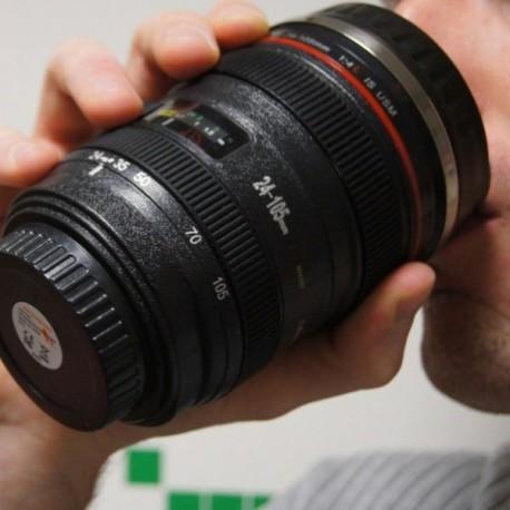Tasse en forme d'objectif d'appareil photo