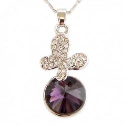 Collier argenté pendentif papillon et fausse pierre violette