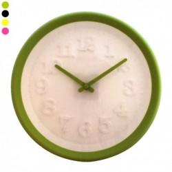 Horloge murale à chiffres en relief