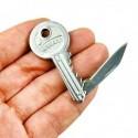 Fausse clé avec couteau intégré