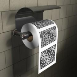 Papier toilettes avec jeu de labyrinthe