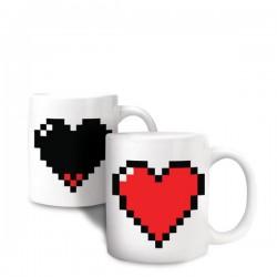 Tasse thermique avec cœur en pixel