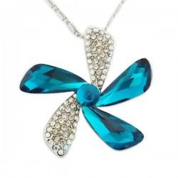 Collier à pendentif pétales de fleur à strass et faux cristaux bleus turquoise