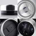 Tasse avec mélangeur automatique et couvercle