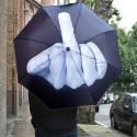 Parapluie dessin doigt d'honneur