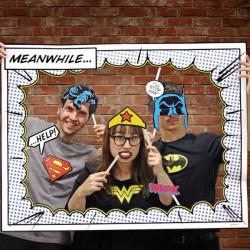 Coffret d'accessoires déguisement de super héros pose photo