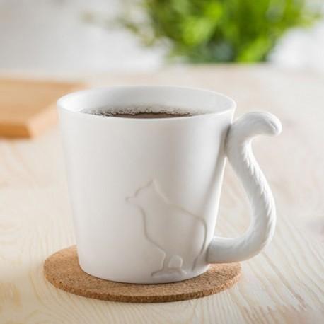 Tasse silhouette chat avec anse queue d'animal