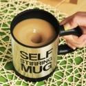 Tasse auto-mélangeuse avec couvercle