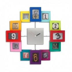 Horloge murale cadres colorés à photos